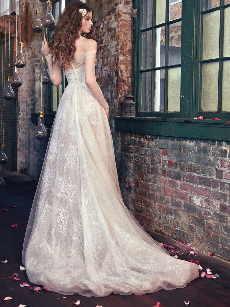 Aria-Μποεμ bridal style 2016