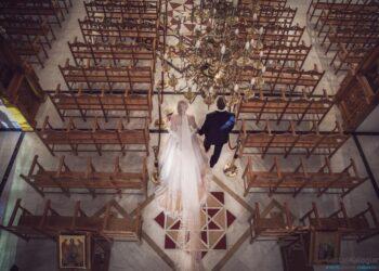 Γαμος στην εκκλησια